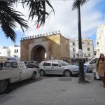 チュニジアの風景(15)旧市街に向かう