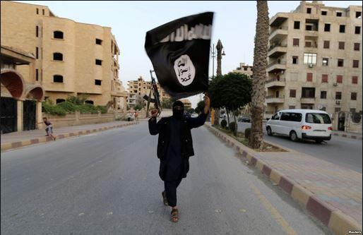 黒旗_イスラーム国のラッカ