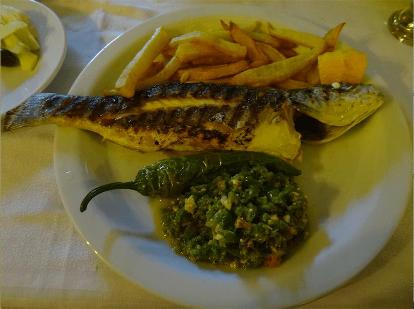 チュニジア食魚スズキ