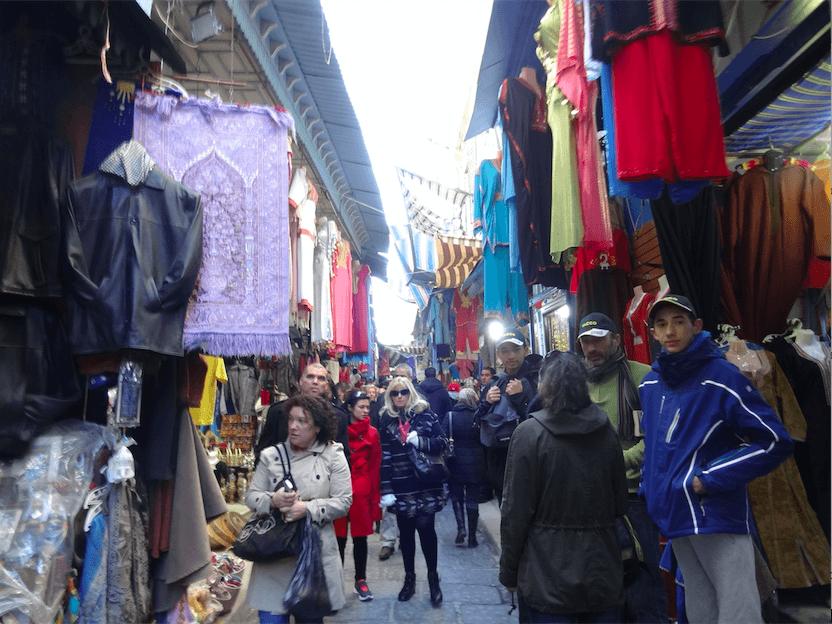 カスバ観光客